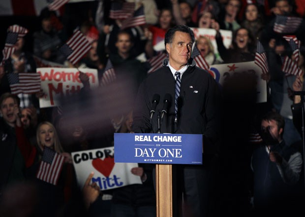 Mitt Romney durante campanha em Greenwood Village, Denver, no Colorado. (Foto: Brennan Linsley/AP)
