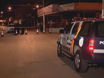 Bar aonde um dos suspeitos pela morte do sargento, foi encontrado (Foto: TV Globo/ Reprodução)