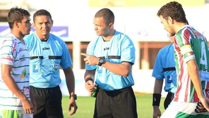 Tarcísio Flores da Silva árbitro (Foto: Allan Phablo/Divulgação)