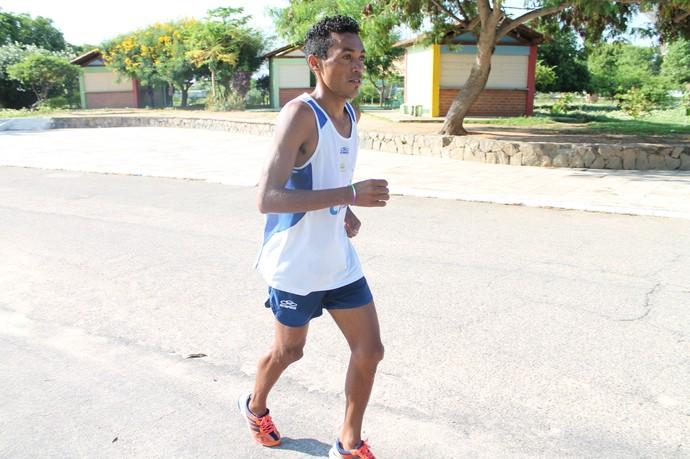Justino Silva está confiante para a São Silvestre (Foto: Emerson Rocha)