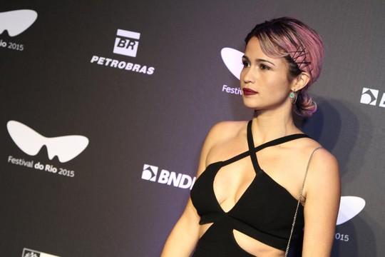 Nanda Costa na premiação do Festival do Rio, um dia antes de vazar o vídeo (Foto: Ag News)