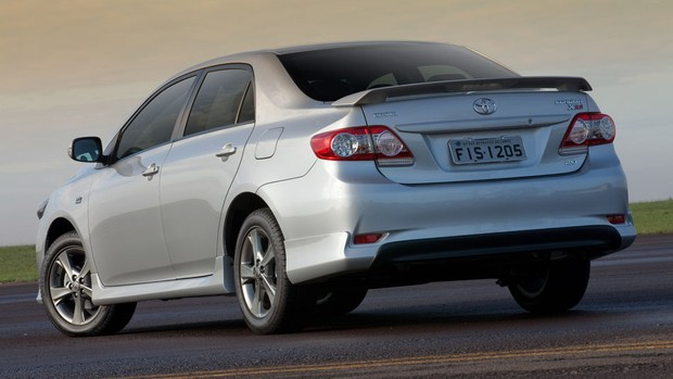 Veja fotos do Toyota Corolla XRS