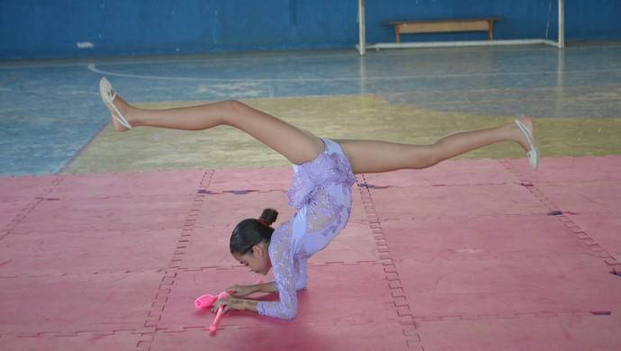 Amanda Dias Campos, ginasta de Ji-Paraná, RO (Foto: Samira Lima)