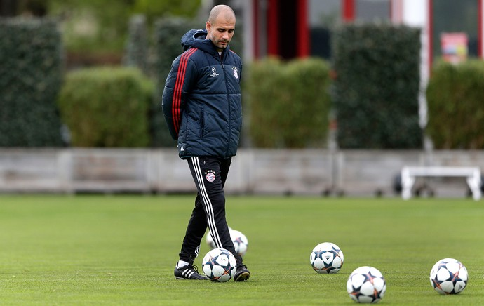 treino Guardiola Bayern de Munique (Foto: AP)