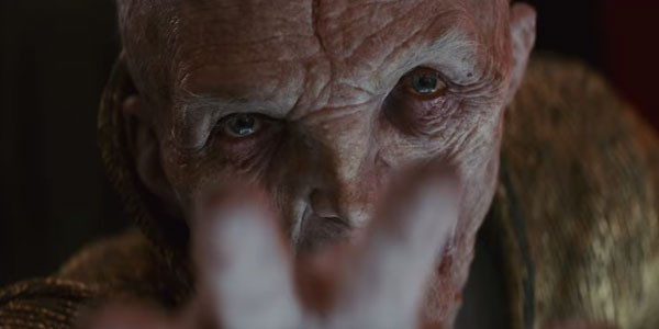 Chega de holograma! Finalmente o Supremo Líder Snoke surge em carne, osso e computação gráfica (Foto: Reprodução)