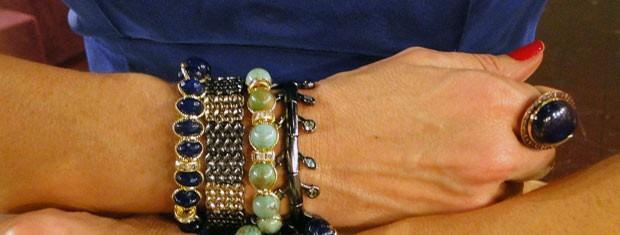 Hoje foi dia de usar pulseiras sem relógio (Foto: Encontro com Fátima Bernardes/TV Globo)