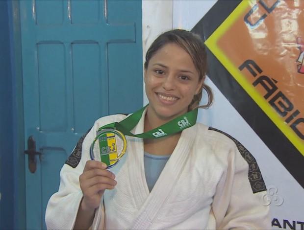 Judoca do AP conquista prata em campeonato brasileiro sênior, no AM (Foto: Reprodução/TV Amapá)
