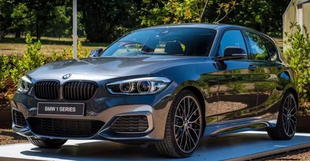 O BMW M14, modelo de carro que Aaron Carter dirigia na hora do acidente (Foto: Reprodução)