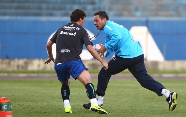 Elano e Vanderlei Luxemburgo fazem treino especial (Foto: Lucas Uebbel/Grêmio, DVG)