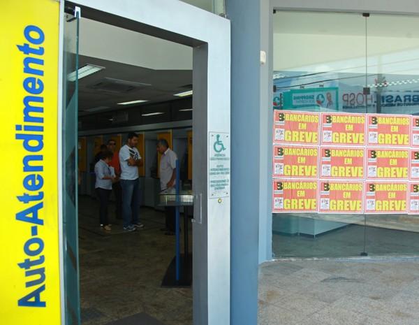 No total, são 137 agências fechadas, sendo a maioria ligada a bancos públicos.  (Foto: Biné Morais/O Estado)