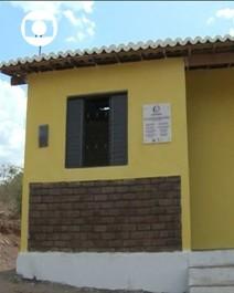 Casas populares têm tijolos de bagaço de cana