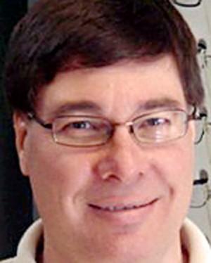 Todd Gavin teria tocado pacientes durante exame de vista (Foto: Divulgação)