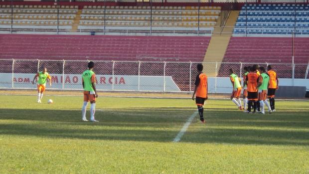 Noroeste 2 x 0 Oeste - jogo-treino em Bauru (Foto: Thiago Navarro/EC Noroeste)