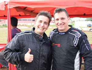 Botelho Jr e Nelson Canedo na final do Municipal de Kart (Foto: Daniele Lira)