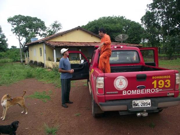 Proprietários rurais de Talismã foram alertados sobre desaparecimento (Foto: João Carlos Lopes/Defesa Civil de Talismã)