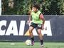 Marcelo preserva time principal e leva  reservas do Galo para encarar o Santa