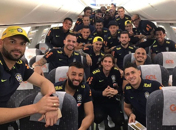 Seleção brasileira embarque Peru (Foto: Reprodução / Instagram)