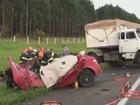 Policial militar morre após capotagem e colisão com caminhão na SP-310