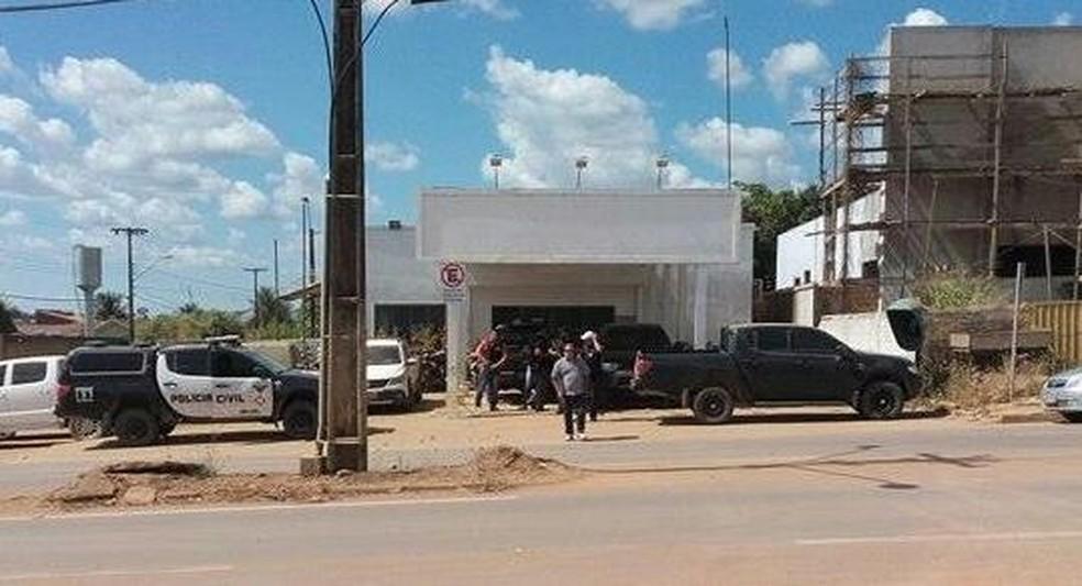 Caso foi registrado na Delegacia de Polícia Civil de Buritis (Foto: Fernando Moreira/Buritis News)