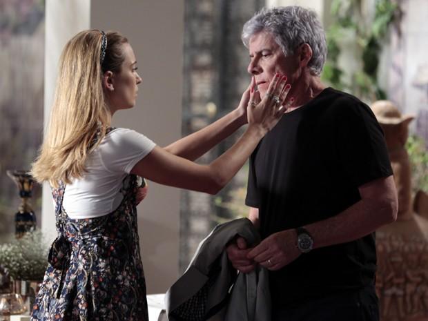 Atitude de Bianca ao aceitar o pai comoveu o público  (Foto: Fábio Rocha/TV Globo)