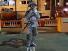 Ator vira 'Cangaceiro Pratiado' e vai para ruas do país como estátua viva