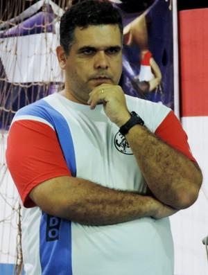 Alexandre Vieira Arantes Serra, técnico caratê, Presidente Prudente (Foto: Murilo Rincon / GloboEsporte.com)