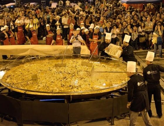 O prato do ano passado do Festival da Paella Gigante: desta vez ele será ainda maior  (Foto: Divulgação)