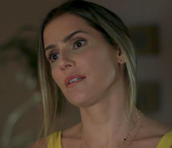 Tânia acredita que Joana deve mandar a real pra Caio e Ricardo (Foto: TV Globo)