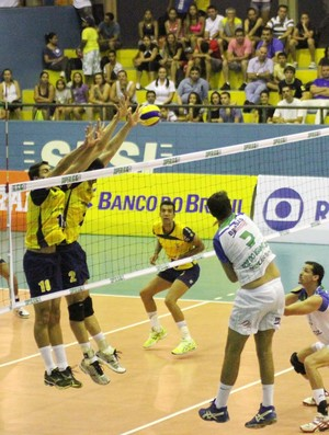 São José vence Foz na Superliga B (Foto: Alexandre Arruda/ CBV)