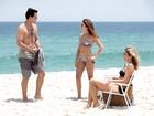 Lombardi, Flávia Alessandra e Fê Paes Leme exibem corpão em gravação na praia