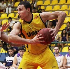 Dida Pereira, ala do basquete de Uberlândia (Foto: Cleomar Macedo/Divulgação)