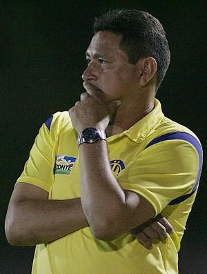 Roberto Carlos, técnico do Horizonte (Foto: Natinho Rodrigues / Agência Diário)