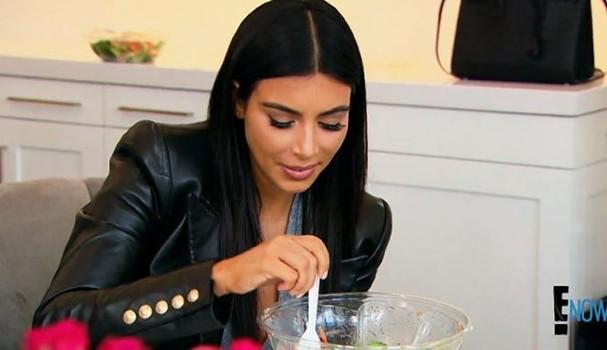 Kim Kardashian já perdeu mais de 30 kg após o nascimento de Saint West, em 2016 (Foto: Reprodução)