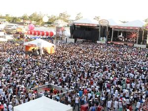 (Foto: Shows e competições ocorrem no parque Maria do Carmo)