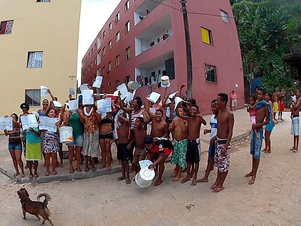 Protesto (Foto: Reprodução / TV Bahia)