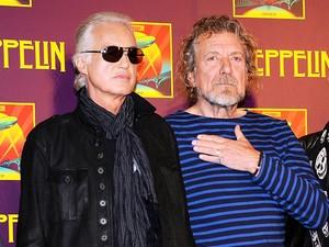 Os líderes da banda britânica Led Zeppelin: o guitarrista Jimmy Page (à esquerda) e o vocalista Robert Plant em foto de 9 de outubro de 2012, em Nova York  (Foto:  Evan Agostini/Invision/AP)