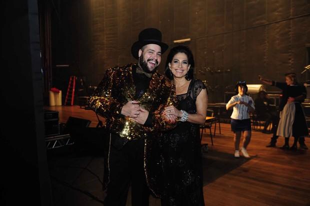 Tiago Abravanel e Totia Meireles (Foto: Manuela Scarpa/Brazil News)