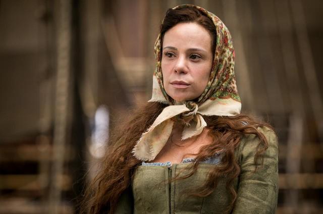 Vanessa Gerbelli numa das primeiras cenas como a personagem Maria Amália, de 'Novo Mundo' (Foto: Globo/ Raquel Cunha)