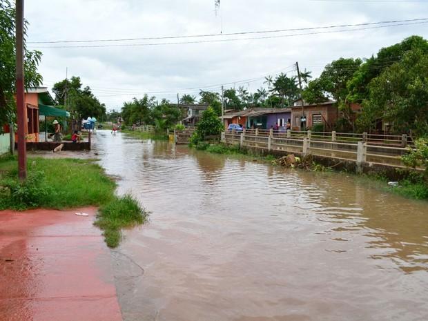 Equipes da Defesa Civil estão em constante monitoramento em Santana (Foto: Del Barbosa/Ascom Santana)