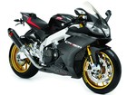 Aprilia cria verso especial da RSV4 com fibra de carbono