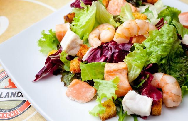 Aprenda a fazer uma salada levinha de frutos do mar