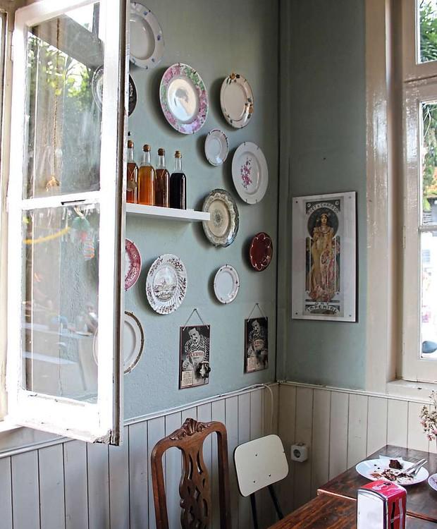 Décor romântico no Café na Fábrica (Foto: Cláudia Pixu)