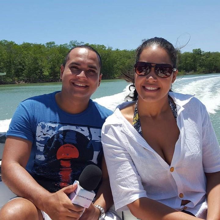 A jogadora Moniky Bancilon ao lado do apresentador Menilson Filho (Foto: Arquivo/Pessoal)