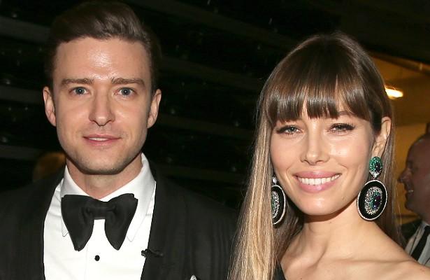 Quando se casou com o cantor Justin Timberlake, em 2012, a atriz Jessica Biel fez questão de deixar claro no contrato de união que, caso o marido seja pego a traindo, deverá pagar à esposa 500 milhões de dólares. Até agora, tudo bem. (Foto: Getty Images)