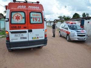 Homem foi levado para o Trauma de João Pessoa, onde foi atendido. (Foto: Walter Paparazzo/G1-PB)