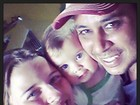 Debby Lagranha posta foto com a filha e o marido