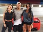 Gracyanne Barbosa tieta Neymar na Espanha: 'Atencioso e do bem'