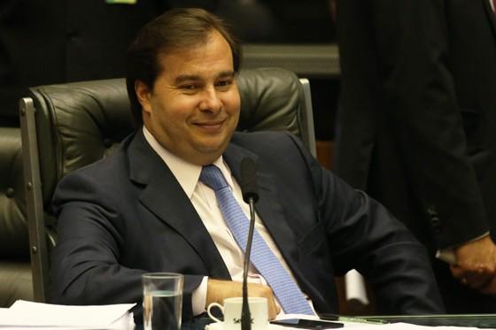O presidente da Câmara, Rodrigo Maia (DEM-RJ), na votação sobre a segunda denúncia contra Michel Temer (Foto: Aílton de Freitas / Agência O Globo)