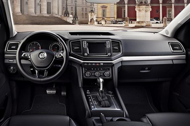 Volkswagen Amarok 2017 (painel) (Foto: divulgação)