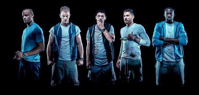 Jogadores manchester city posam para sessão de fotos (Foto: Reprodução / Facebook do Manchester City)